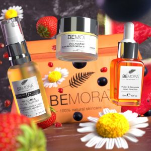 Glowing Essential Kit skincare products